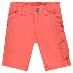 Bermuda de color liso con bolsillos