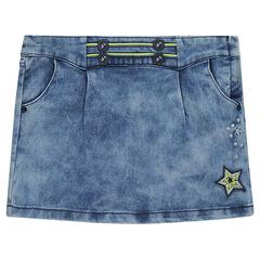 Falda de jean con detalle con bordados