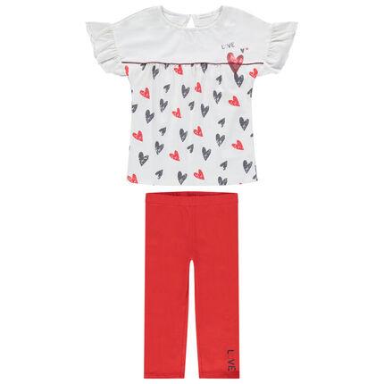 Conjunto con camiseta estampada con corazones y leggings rojos