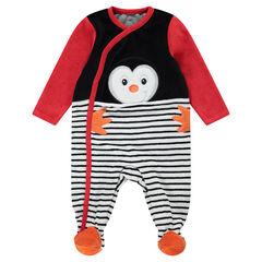 Pijama de terciopelo con pingüino y rayas estampadas.