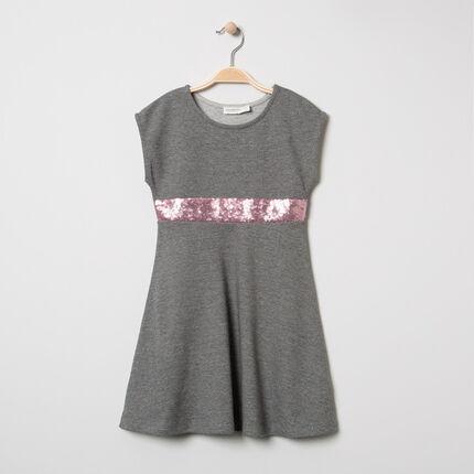 Vestido de manga corta con banda de lentejuelas rosas
