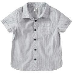 Camisa de manga corta con rayas verticales y bolsillo