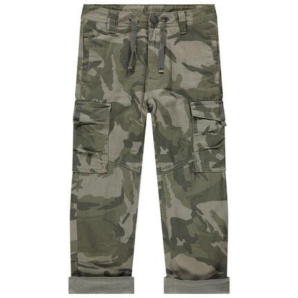 Pantalón con estampado militar de micropolar con bolsillos