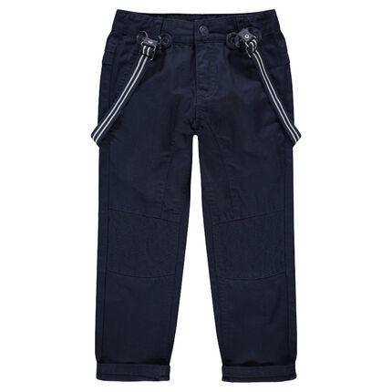 Pantalñon azul de tela azul marina con tirantes de rayas desmontables