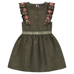 Vestido de satén piel de melocotón con mangas con volantes y flores bordadas.