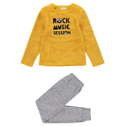 Pijama de borreguito y tejido polar con texto bordado