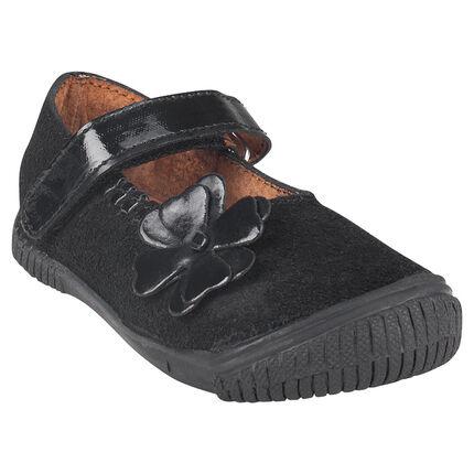 Bambas de piel serraje de color negro con detalle