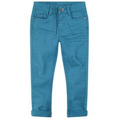 Pantalón de sarga sobreteñida con bolsillo de fantasía en la parte trasera