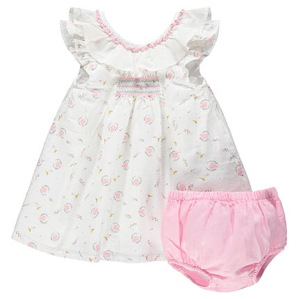 Conjunto con vestido estampado all over y bloomer a juego