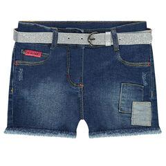 Pantalón corto efecto gastado con cinturón extraíble brillante