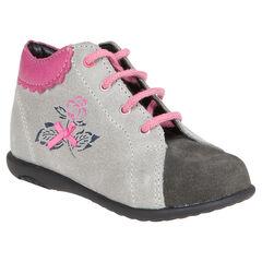 Botas bajas con cordones de cuero de color rosa con flores y lazo