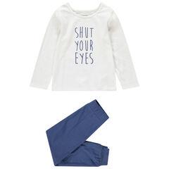 Pijama con parte de arriba con mensaje estampado y parte de abajo lisa