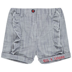 Pantalón corto con rayas finas y volantes