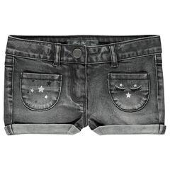 Short efecto usado de jean con bordados con estampado