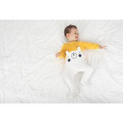 Pijama de terciopelo bicolor con orejas de relieve y detalles bordados