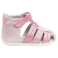 Sandalias de piel rosa irisado con tira de velcro