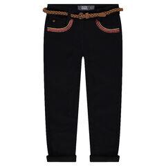 Pantalón slim de sarga con bordados y cinturón trenzado extraíble