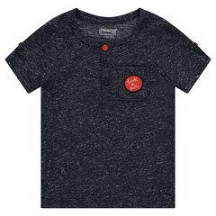 Camiseta de manga corta con aspecto de neps y bolsillo tipo parche