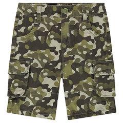 Bermudas de sarga con estampado militar y bolsillos con solapa
