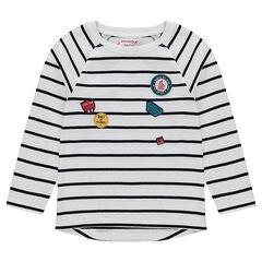 Camiseta de manga larga a rayas con parches de insignias