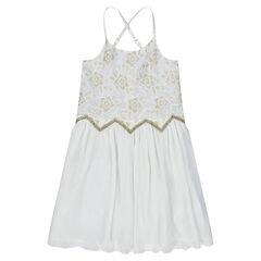 Vestido de tirantes finos con flores de encaje y toques dorados
