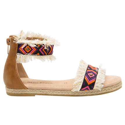 Sandalias con tiras con flecos y bordados