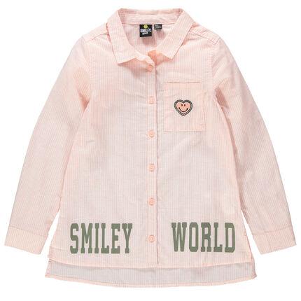 Camisa de manga larga con finas rayas y parches con inscripciones de Smiley