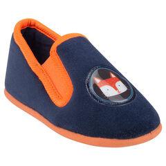 Zapatillas bajas de color liso con detalle plastificada