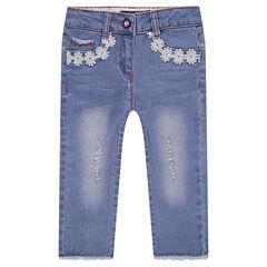 Pantalón corto vaquero efecto gastado con galones con flores