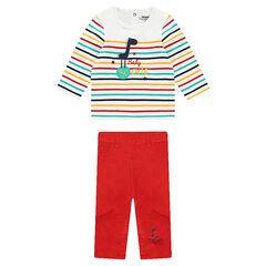 Conjunto de camiseta de rayas y pantalón de tela lisa