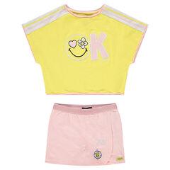 Conjunto con camiseta con forma cuadrada y falda corta ©Smiley