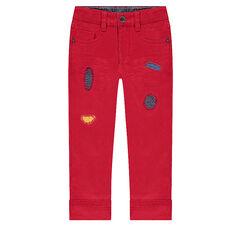 Pantalón rojo con rotos de fantasía
