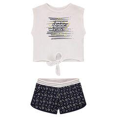 Conjunto de camiseta que se anuda con un pantalón corto con estrellas estampadas all over