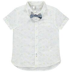 Camisa de manga corta con dibujo estampado all over con pajarita desmontable