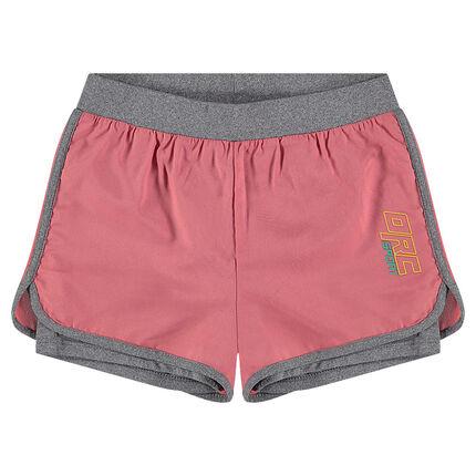 Pantalón corto deportivo 2 en 1 con pantalón interior integrado y logo estampado