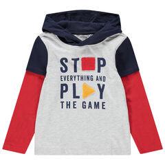 Camiseta de manga corta con efecot 2 en 1 con capucha y mensaje estampado