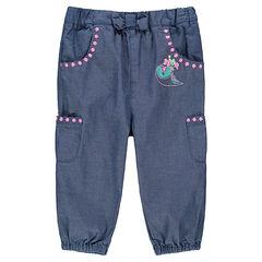 Pantalón de cambray con detalles bordados y bolsillos
