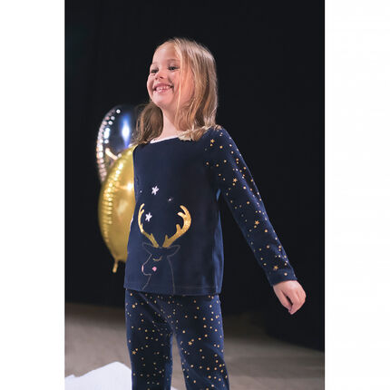 Pijama de terciopelo de estilo navideño con estrellas estampadas y reno bordado