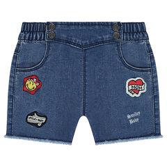 Pantalón corto vaquero de efecto gastado y estilo oficial con parches ©Smiley