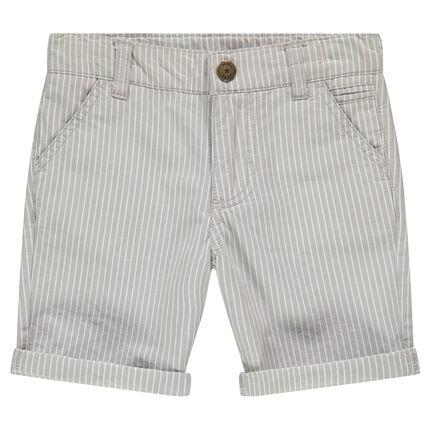 Bermudas de algodón en la parte superior de las rodillas con rayas verticales