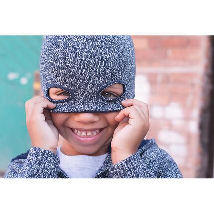 Gorro de punto con efecto de máscara