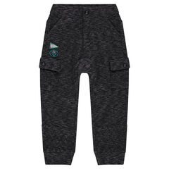Pantalón de felpa con tiro bajo y bolsillos