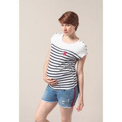 Camiseta premamá de estilo marinero con corazón estampado
