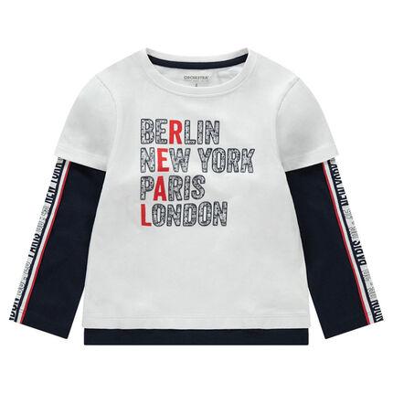 Camiseta de manga larga con efecto 2 en 1 con ciudades y bandas estampadas